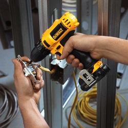Dewalt Cordless Drill - Dewalt DCD710S2 12 Volt Max 3/8 Inch Drill Driver Kit 4
