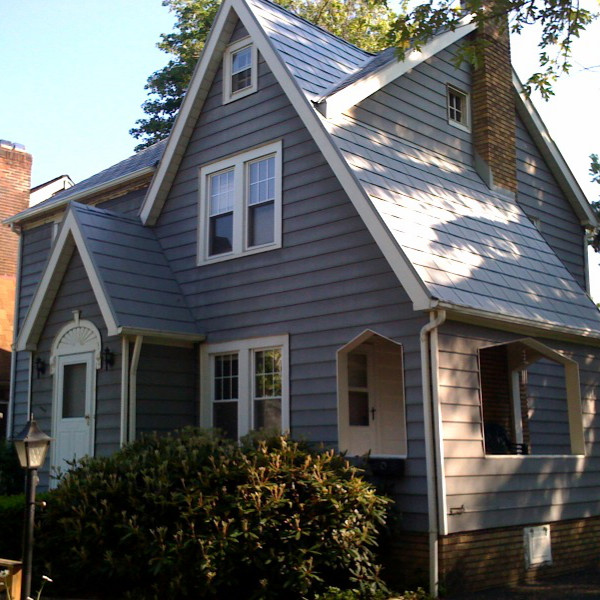 pictures of homes with metal roofs