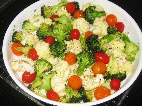 Grilled Cauliflower Broccoli and Cherry Tomatoes Salad Recipe