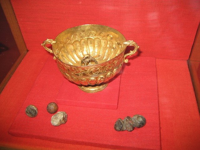 bezoar anti-poison cup