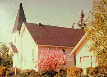 Photo of the parsonage at Kenwood Community Church in Kenwood, California.